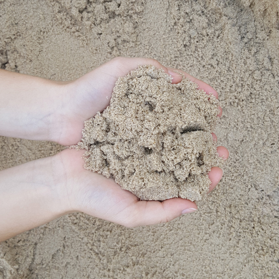 Washed Sydney sand--we bag sand in 20kg small bags and 1000kg bulk bags.